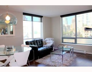 Photo 3: 501 1055 HOMER Street in Vancouver: Downtown VW Condo for sale (Vancouver West)  : MLS®# V784557