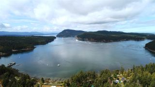 Photo 13: 452 GARRICK Road: Mayne Island House for sale (Islands-Van. & Gulf)  : MLS®# R2493343