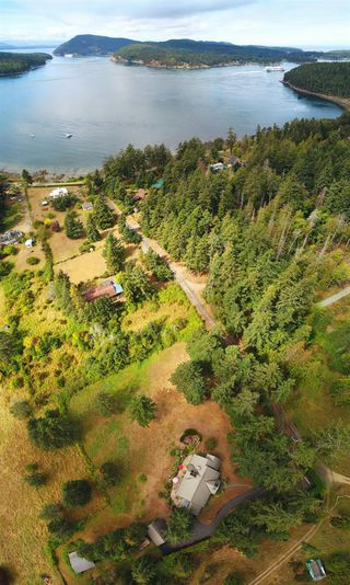 Photo 14: 452 GARRICK Road: Mayne Island House for sale (Islands-Van. & Gulf)  : MLS®# R2493343