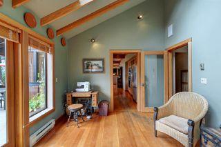 Photo 25: 452 GARRICK Road: Mayne Island House for sale (Islands-Van. & Gulf)  : MLS®# R2493343