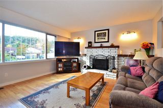 """Photo 4: 4548 LAW Avenue in Prince George: Heritage House for sale in """"HERITAGE"""" (PG City West (Zone 71))  : MLS®# R2509168"""