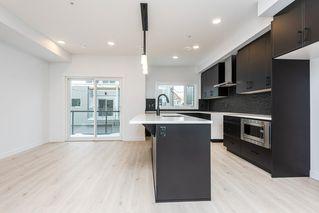 Photo 9: 6 9745 92 Street in Edmonton: Zone 18 Townhouse for sale : MLS®# E4223409