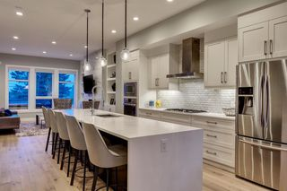 Photo 7: 3034 34 Street SW in Calgary: Killarney/Glengarry Semi Detached for sale : MLS®# A1056545