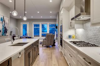 Photo 10: 3034 34 Street SW in Calgary: Killarney/Glengarry Semi Detached for sale : MLS®# A1056545