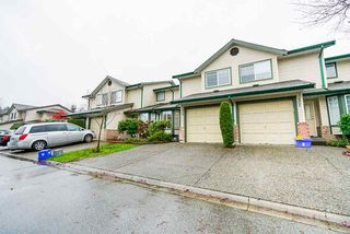 "Photo 3: 35 8863 216 Street in Langley: Walnut Grove Townhouse for sale in ""Emerald Estates"" : MLS®# R2525536"