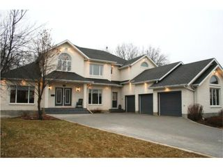 Photo 1:  in WINNIPEG: Windsor Park / Southdale / Island Lakes Residential for sale (South East Winnipeg)  : MLS®# 2950596