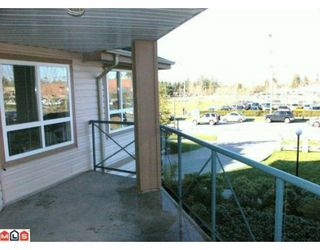"Photo 10: 232 22150 48TH Avenue in Langley: Murrayville Condo for sale in ""EAGLECREST"" : MLS®# F1003427"