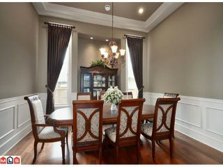 "Photo 5: 23157 80TH Avenue in Langley: Fort Langley House for sale in ""CASTLE HILL/FOREST KNOLLS"" : MLS®# F1014538"