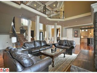 "Photo 3: 23157 80TH Avenue in Langley: Fort Langley House for sale in ""CASTLE HILL/FOREST KNOLLS"" : MLS®# F1014538"