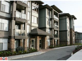 """Photo 1: 107 2068 SANDALWOOD Crescent in Abbotsford: Central Abbotsford Condo for sale in """"THE STERLING"""" : MLS®# F1018946"""