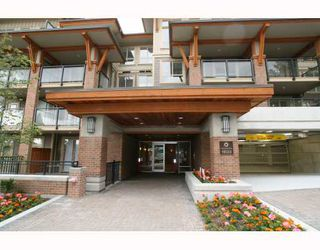 """Photo 1: 213 1633 MACKAY Avenue in North_Vancouver: Pemberton Heights Condo for sale in """"TOUCHSTONE"""" (North Vancouver)  : MLS®# V758565"""