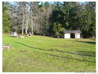 Photo 3: 3218 Clam Bay Rd in PENDER ISLAND: GI Pender Island Single Family Detached for sale (Gulf Islands)  : MLS®# 506053