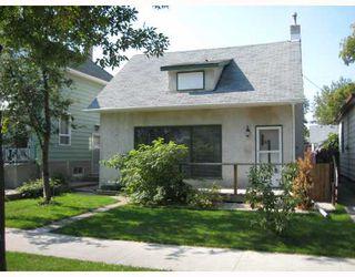 Photo 1: 457 DE LA MORENIE Street in WINNIPEG: St Boniface Residential for sale (South East Winnipeg)  : MLS®# 2818036