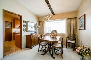Photo 5: 4454 SAMARA Court in Burnaby: Central Park BS House for sale (Burnaby South)  : MLS®# R2388965
