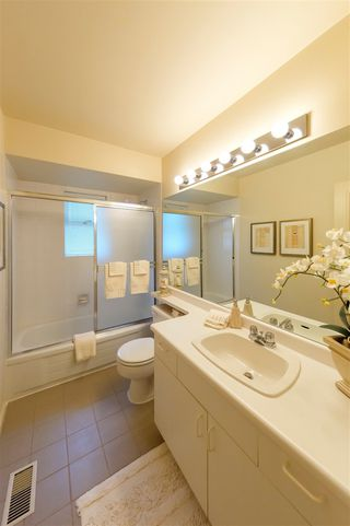 Photo 18: 3059 SPENCER Court in West Vancouver: Altamont House for sale : MLS®# R2391989