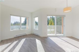 Photo 4: 310 611 Brookside Road in VICTORIA: Co Latoria Condo Apartment for sale (Colwood)  : MLS®# 416888