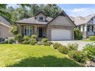 "Photo 2: 2267 CAMERON Crescent in Abbotsford: Abbotsford East House for sale in ""Deerwood Estates"" : MLS®# R2467043"