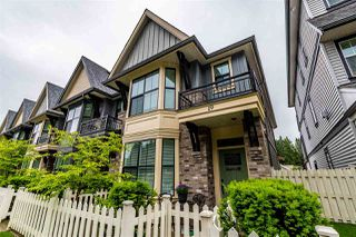 """Photo 2: 19 33460 LYNN Avenue in Abbotsford: Abbotsford East Townhouse for sale in """"ASTON ROW"""" : MLS®# R2476784"""