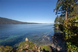 Photo 2: 916 Lands End Rd in North Saanich: NS Deep Cove House for sale : MLS®# 831502