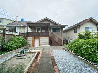 Photo 5: 2822 DUNDAS Street in Vancouver: Hastings Sunrise House for sale (Vancouver East)  : MLS®# R2499556