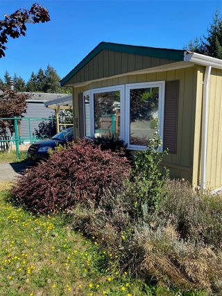 Photo 3: 60 1901 E Ryan Rd in : CV Comox Peninsula Manufactured Home for sale (Comox Valley)  : MLS®# 856238