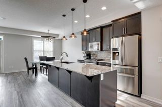 Photo 10: 109 MCKENZIE TOWNE Square SE in Calgary: McKenzie Towne Row/Townhouse for sale : MLS®# A1042511