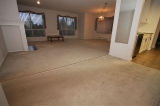 """Photo 8: 405 33280 E BOURQUIN Crescent in Abbotsford: Central Abbotsford Condo for sale in """"Emerald Springs"""" : MLS®# R2517420"""