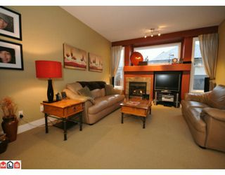 """Photo 3: 16580 60A Avenue in Surrey: Cloverdale BC House for sale in """"VISTAS"""" (Cloverdale)  : MLS®# F1000531"""