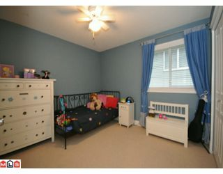"""Photo 7: 16580 60A Avenue in Surrey: Cloverdale BC House for sale in """"VISTAS"""" (Cloverdale)  : MLS®# F1000531"""
