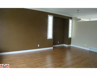 """Photo 5: 18560 64A Avenue in Surrey: Cloverdale BC House for sale in """"Clover Valley Station"""" (Cloverdale)  : MLS®# F1004081"""