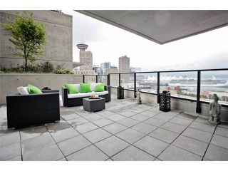 """Photo 5: 1109 108 W CORDOVA Street in Vancouver: Downtown VW Condo for sale in """"WOODWARDS 32"""" (Vancouver West)  : MLS®# V842896"""