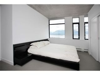 """Photo 7: 1109 108 W CORDOVA Street in Vancouver: Downtown VW Condo for sale in """"WOODWARDS 32"""" (Vancouver West)  : MLS®# V842896"""
