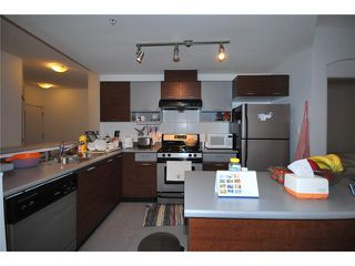 Photo 4: 205 6033 KATSURA Street in Richmond: McLennan North Condo for sale : MLS®# V866290