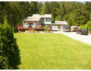 "Photo 9: 5465 WAKEFIELD Road in Sechelt: Sechelt District House for sale in ""WEST SECHELT"" (Sunshine Coast)  : MLS®# V724475"
