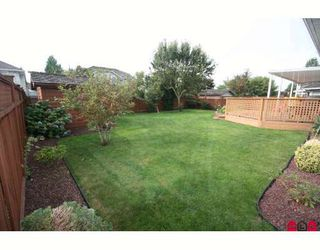 """Photo 8: 18636 62A Avenue in Surrey: Cloverdale BC House for sale in """"Eaglecrest"""" (Cloverdale)  : MLS®# F2826073"""