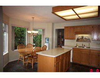 """Photo 3: 18636 62A Avenue in Surrey: Cloverdale BC House for sale in """"Eaglecrest"""" (Cloverdale)  : MLS®# F2826073"""