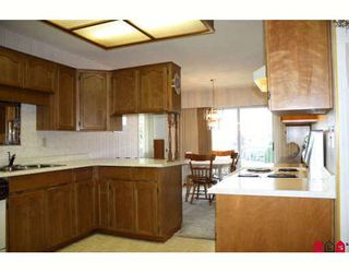 """Photo 4: 196 32691 GARIBALDI Drive in Abbotsford: Abbotsford West Townhouse for sale in """"CARRIAGE LANE"""" : MLS®# F2910583"""