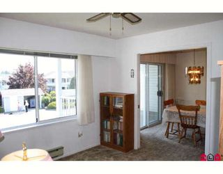 """Photo 2: 196 32691 GARIBALDI Drive in Abbotsford: Abbotsford West Townhouse for sale in """"CARRIAGE LANE"""" : MLS®# F2910583"""