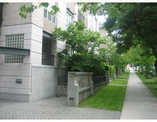 "Photo 10: 312 2161 W 12TH Avenue in Vancouver: Kitsilano Condo for sale in ""THE CARLINGS"" (Vancouver West)  : MLS®# V774123"