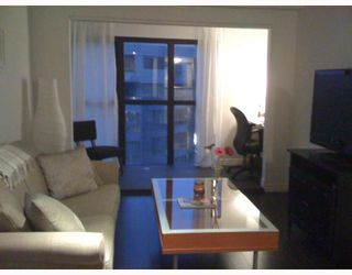 Photo 1: 1703 1188 HOWE Street in Vancouver: Downtown VW Condo for sale (Vancouver West)  : MLS®# V774471