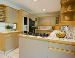 Photo 5: 4235 NAUTILUS Close in Vancouver: Point Grey House for sale (Vancouver West)  : MLS®# V776382