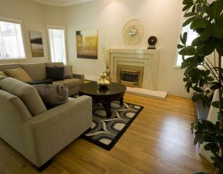 Photo 1: 4235 NAUTILUS Close in Vancouver: Point Grey House for sale (Vancouver West)  : MLS®# V776382