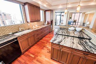 Photo 11: 904 10028 119 Street in Edmonton: Zone 12 Condo for sale : MLS®# E4184300