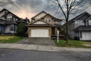 """Photo 5: 6950 198B Street in Langley: Willoughby Heights House for sale in """"Providence"""" : MLS®# R2433691"""