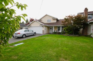 Photo 2: 5962 49A Avenue in Delta: Hawthorne House for sale (Ladner)  : MLS®# R2448465
