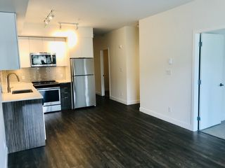"""Photo 6: 313 37881 CLEVELAND Avenue in Squamish: Downtown SQ Condo for sale in """"THE MAIN"""" : MLS®# R2451551"""