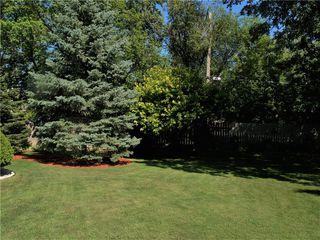 Photo 48: 34 Monarch Mews in Winnipeg: Residential for sale (1F)  : MLS®# 202009150