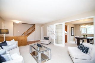 Photo 5: 34 Monarch Mews in Winnipeg: Residential for sale (1F)  : MLS®# 202009150