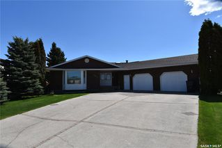 Main Photo: 103 Maywood Place in Nipawin: Residential for sale : MLS®# SK809334