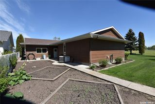Photo 37: 103 Maywood Place in Nipawin: Residential for sale : MLS®# SK809334